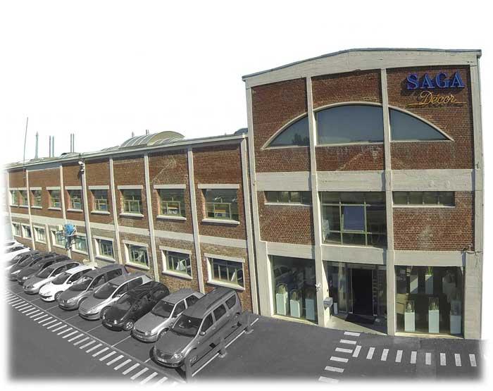 Entreprise usine SAGA Décor drone bouteille verre sérigraphie